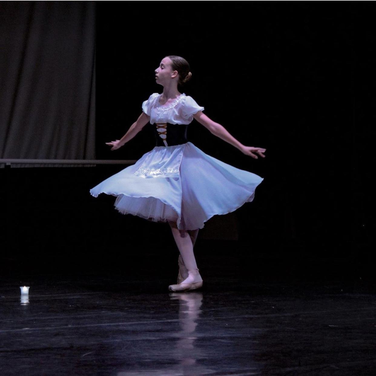 Запорожская балерина завоевала медаль на международном конкурсе (Фото)