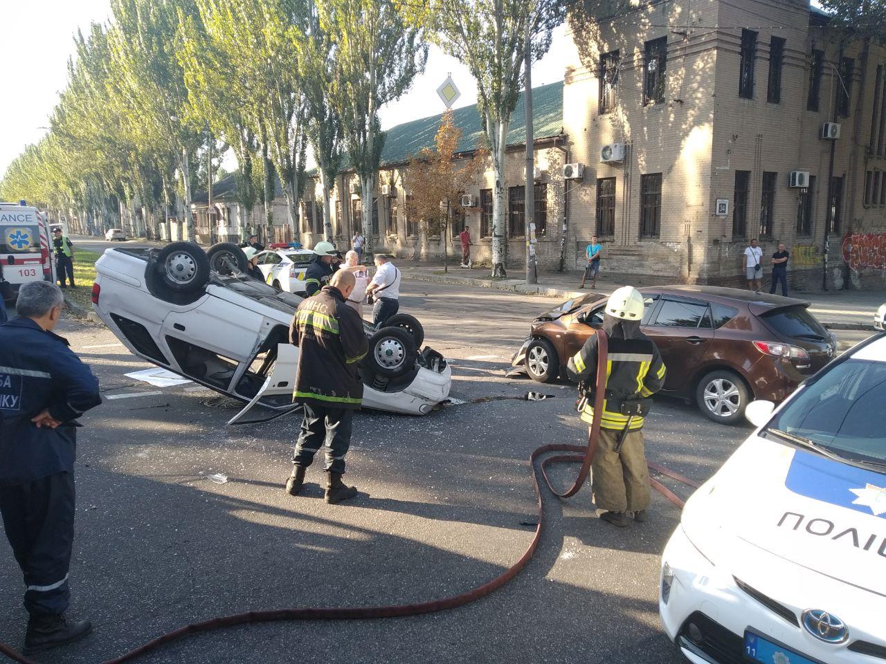 В центре Запорожья произошло жуткое ДТП (Фото)
