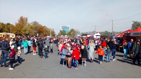 В Запорожье чиновники с треском провалили важнейший городской праздник
