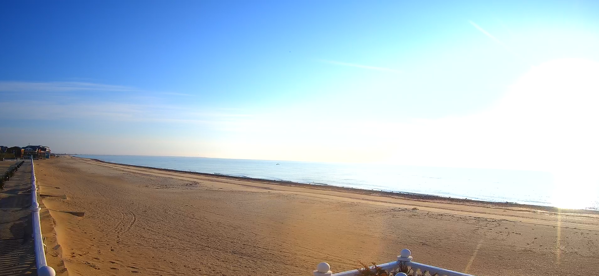 Словно Средиземное море: в сети опубликовали фото изменившейся осенью Кирилловки (ФОТО)
