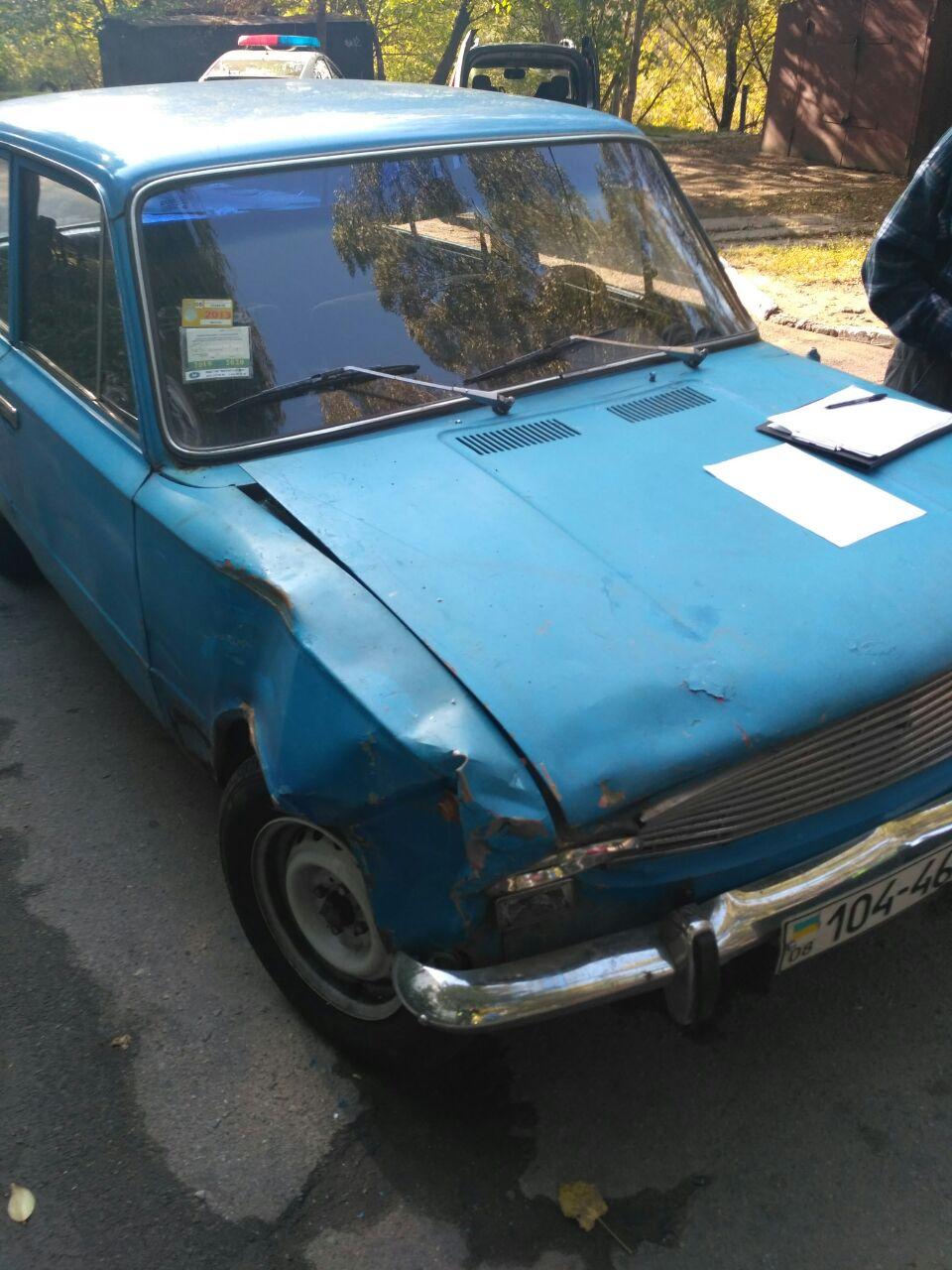 В спальном районе Запорожья произошло ДТП (Фото)