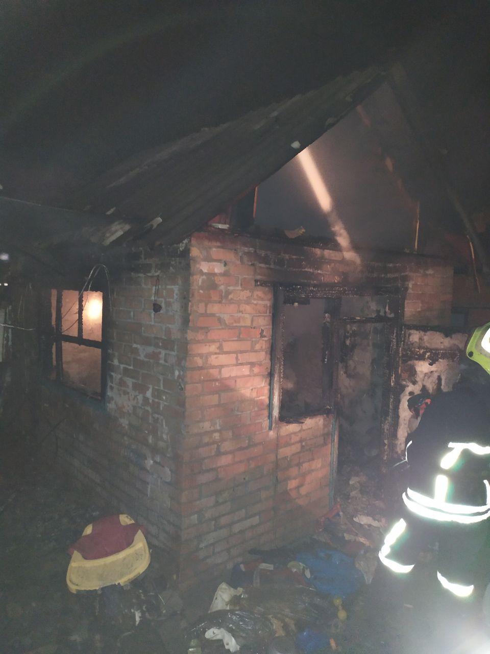 В Запорожской области сгорел дом, есть пострадавшие (Фото)
