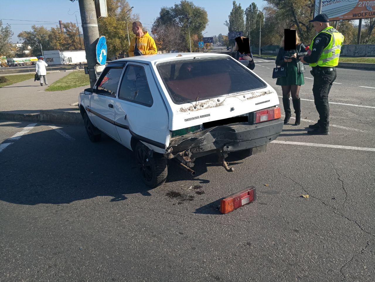 В Запорожье автоледи спровоцировала  ДТП (Фото)