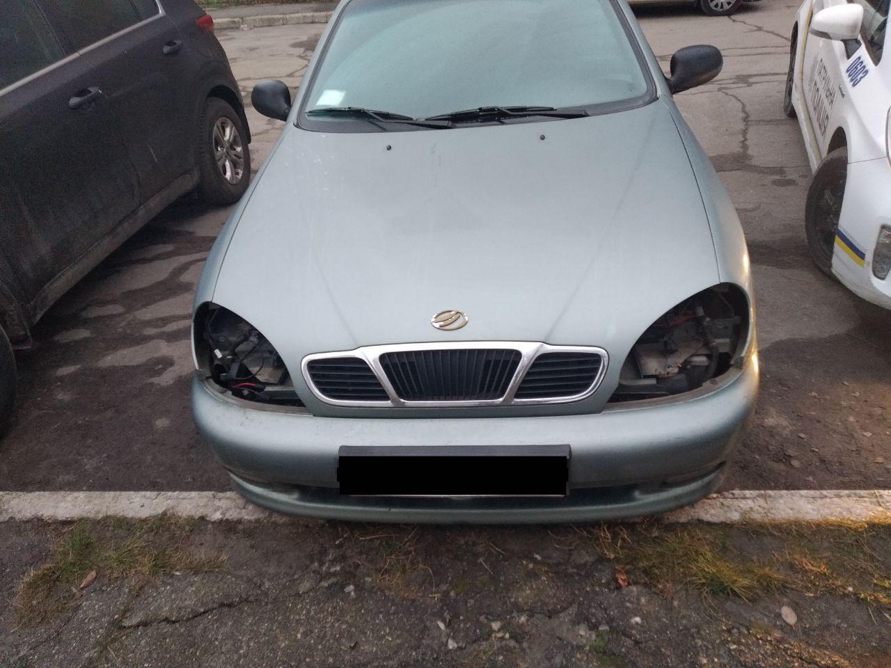 В Запорожье мошенники разобрали автомобиль на запчасти (Фото)