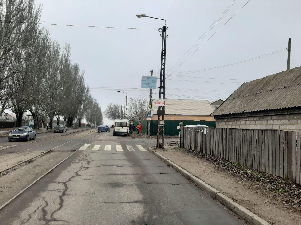 В Запорожье автоледи сбила ребенка на пешеходном переходе (Фото)