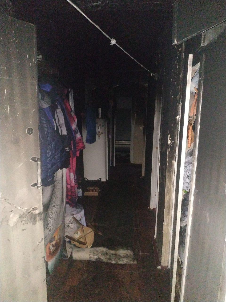 В одном из спальных районов Запорожья сгорела квартира (Фото)