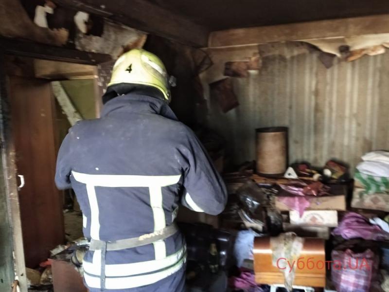 В Запорожье загорелась многоэтажка: погибла женщина