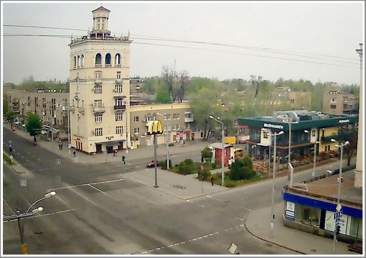 Запорожье пасхальное: самый оживленный перекресток города