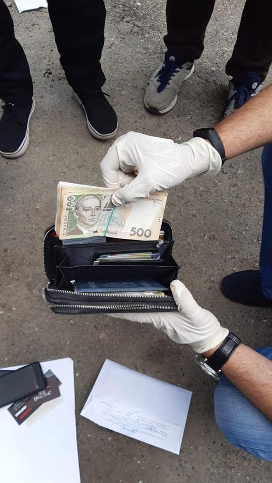 Запорожские СБУшники задержали приговоренного к тюремному заключению коррупционера-беглеца
