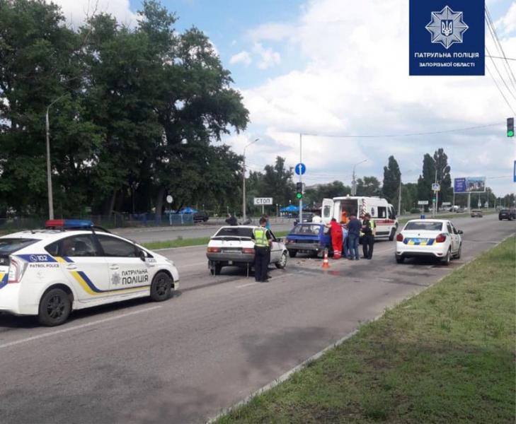 В Запорожье на Набережной произошло ДТП: количество алкоголя в крови водителя зашкаливает
