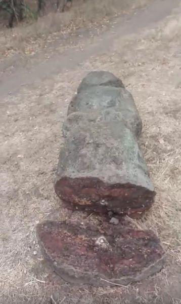 В Запорожье на Хортице вандалы разрушили исторический памятник